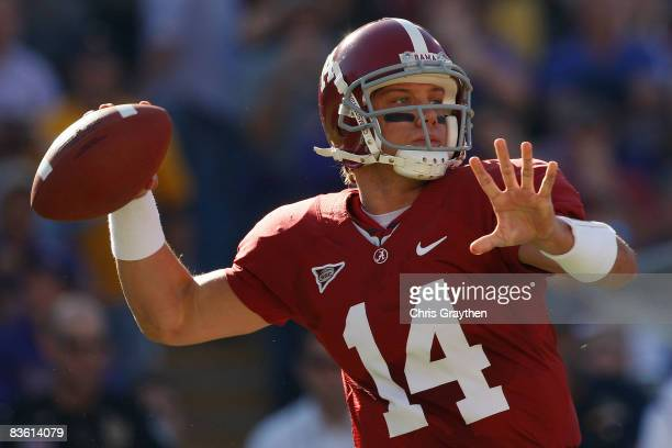 Quarterback John Parker Wilson of the Alabama Crimson Tide throws a pass against the Louisiana State University Tigers on November 11 2008 at Tiger...