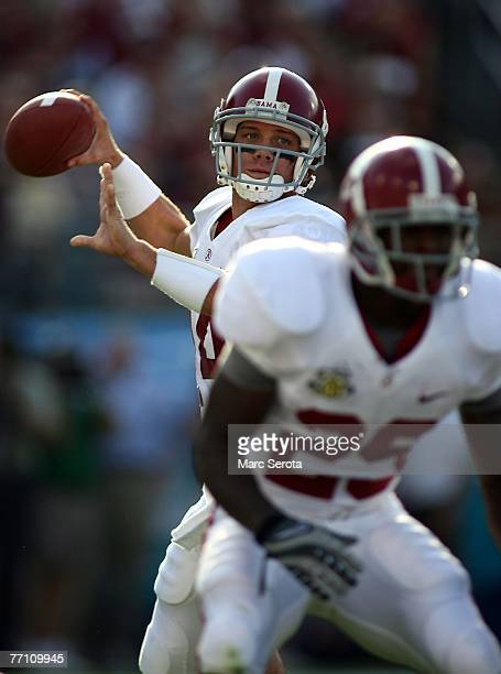 Quarterback John Parker Wilson of the University of Alabama drops back to pass against the Florida State University September 29, 2007 at...