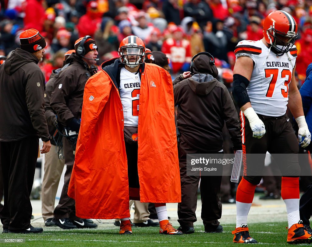 Quarterback Johnny Manziel #2 of the Cleveland Browns watches from the sidelines during the game against the Kansas City Chiefs at Arrowhead Stadium on December 27, 2015 in Kansas City, Missouri.