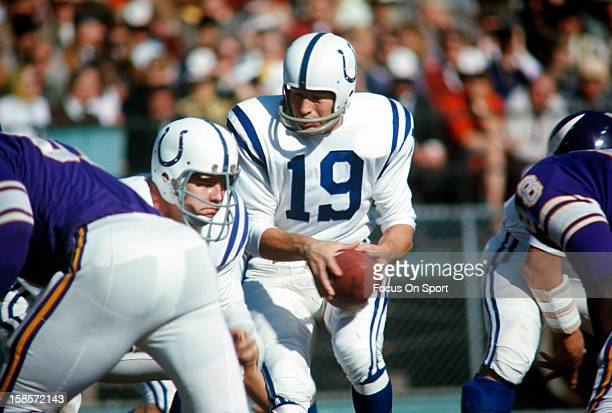 Quarterback Johnny Unitas of the Baltimore Colts drops back to pass against the Minnesota Viking during an NFL football game October 22 1967 at...
