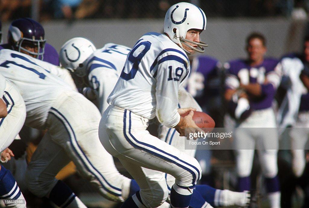Baltimore Colts v Minnesota Vikings : News Photo