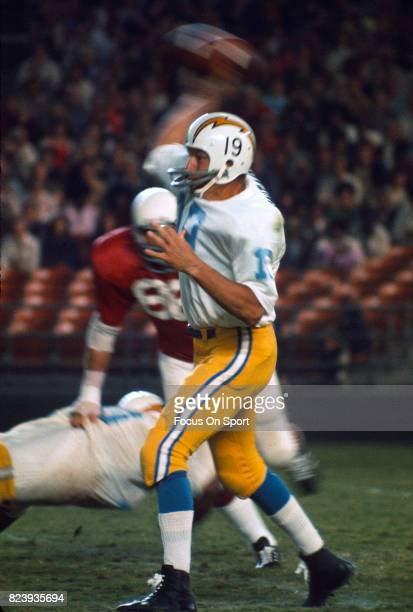 Quarterback Johnny Unitas of the San Diego Charger throws a pass against the St Louis Cardinals during an NFL football game circa 1973 at Jack Murphy...