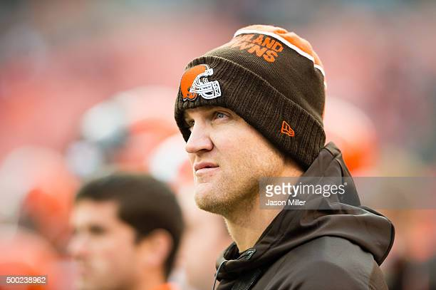 Quarterback Josh McCown of the Cleveland Browns watches from the sidelines during the second half against the Cincinnati Bengals at FirstEnergy...