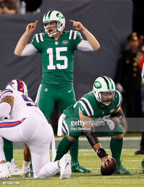 Quarterback Josh McCown of the New York Jets calls signals in an NFL football game against the Buffalo Bills on November 2 2017 at MetLife Stadium in...