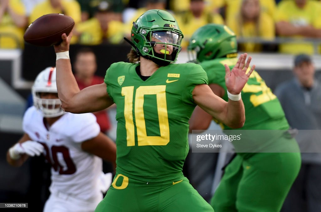 Stanford v Oregon : News Photo