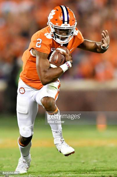 Quarterback Kelly Bryant of the Clemson Tigers rushes for a touchdown during the football game at Memorial Stadium on September 9 2017 in Clemson...
