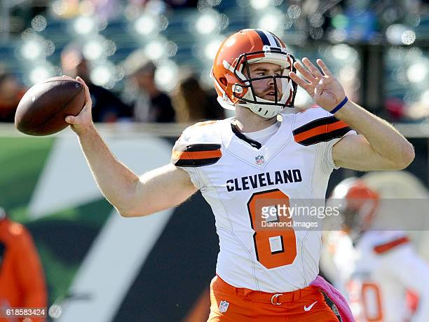 Quarterback Kevin Hogan of the Cleveland Browns throws a pass prior to a game against the Cincinnati Benglas on October 23, 2016 at Paul Brown...