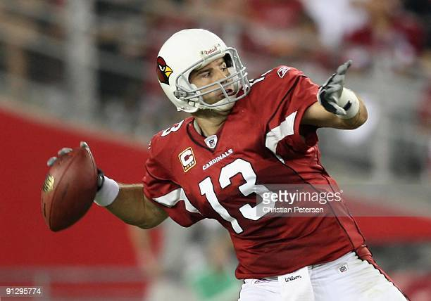 Quarterback Kurt Warner of the Arizona Cardinals throws a pass during the NFL game against the Indianapolis Colts at the Universtity of Phoenix...