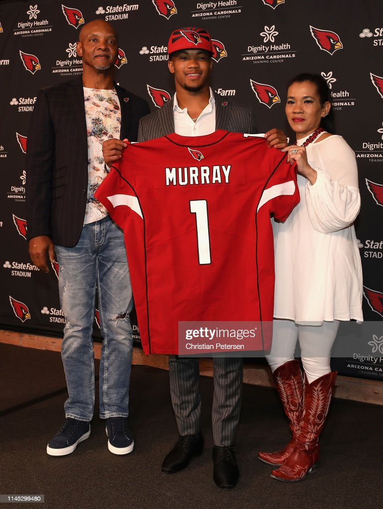 - Father Kyler With Photo News Murray The Quarterback Poses Arizona Cardinals Of Images Getty