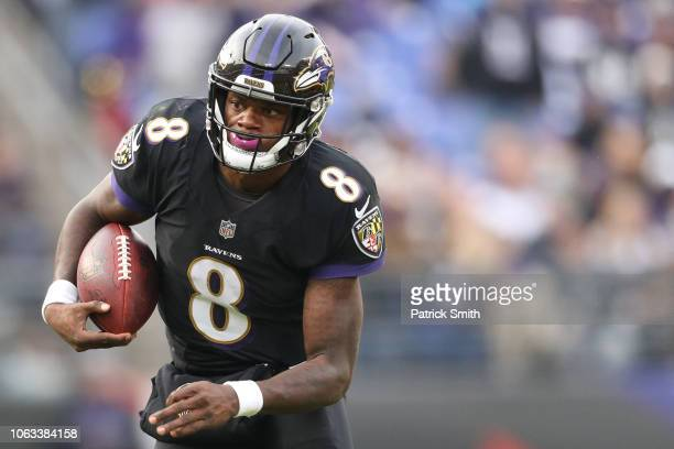 Quarterback Lamar Jackson of the Baltimore Ravens rushes against the Cincinnati Bengals at MT Bank Stadium on November 18 2018 in Baltimore Maryland