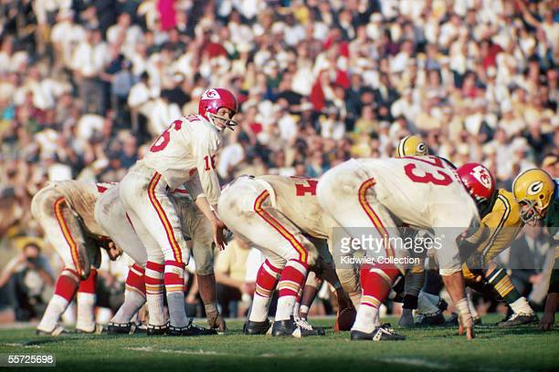 Quarterback Len Dawson of the Kansas City Chiefs calls out the signals at the line of scrimmage during Super Bowl I on January 15 1967 against the...