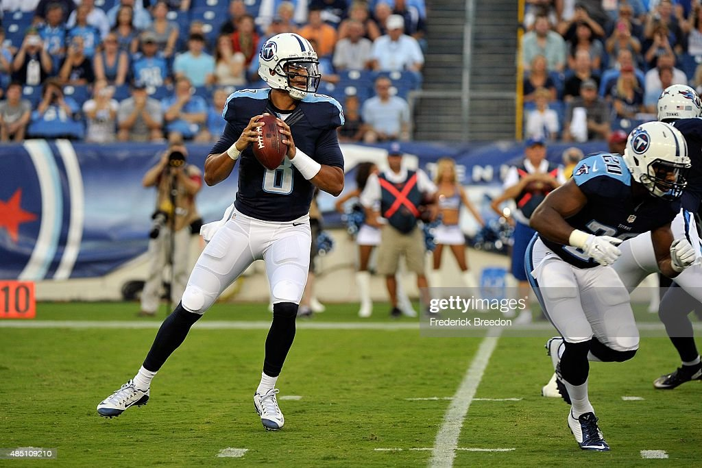 St Louis Rams v Tennessee Titans : News Photo