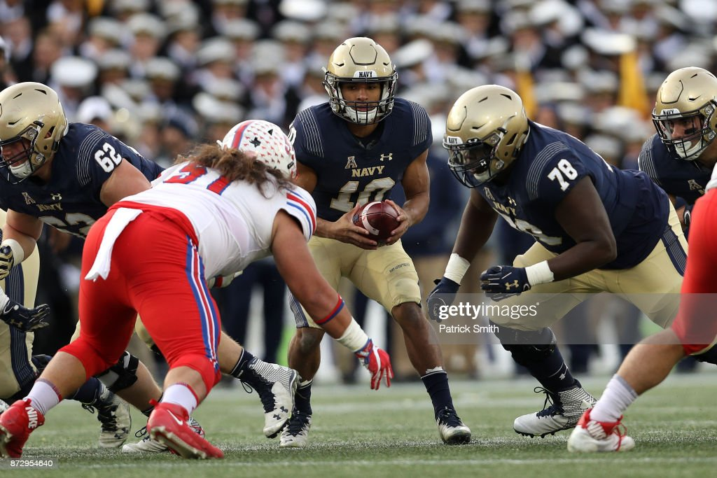 Quarterback Malcolm Perry #10 of the Navy Midshipmen in action against the Southern Methodist Mustangs during the first half at Navy-Marines Memorial Stadium on November 11, 2017 in Annapolis, Maryland.