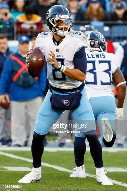 Quarterback Marcus Mariota drops back to throw a pass against the Washington Redskins at Nissan Stadium on December 22, 2018 in Nashville, Tennessee.
