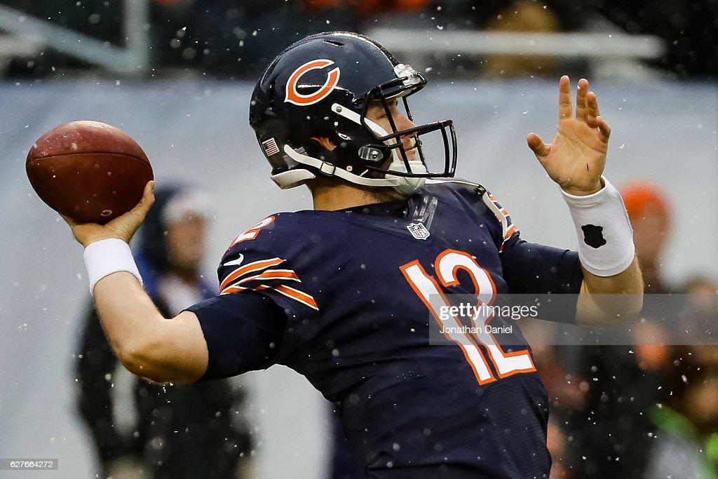 4decedab8cb Quarterback Matt Barkley of the Chicago Bears warms up prior to the ...