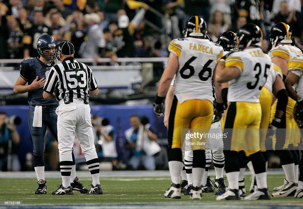 Super Bowl XL : News Photo