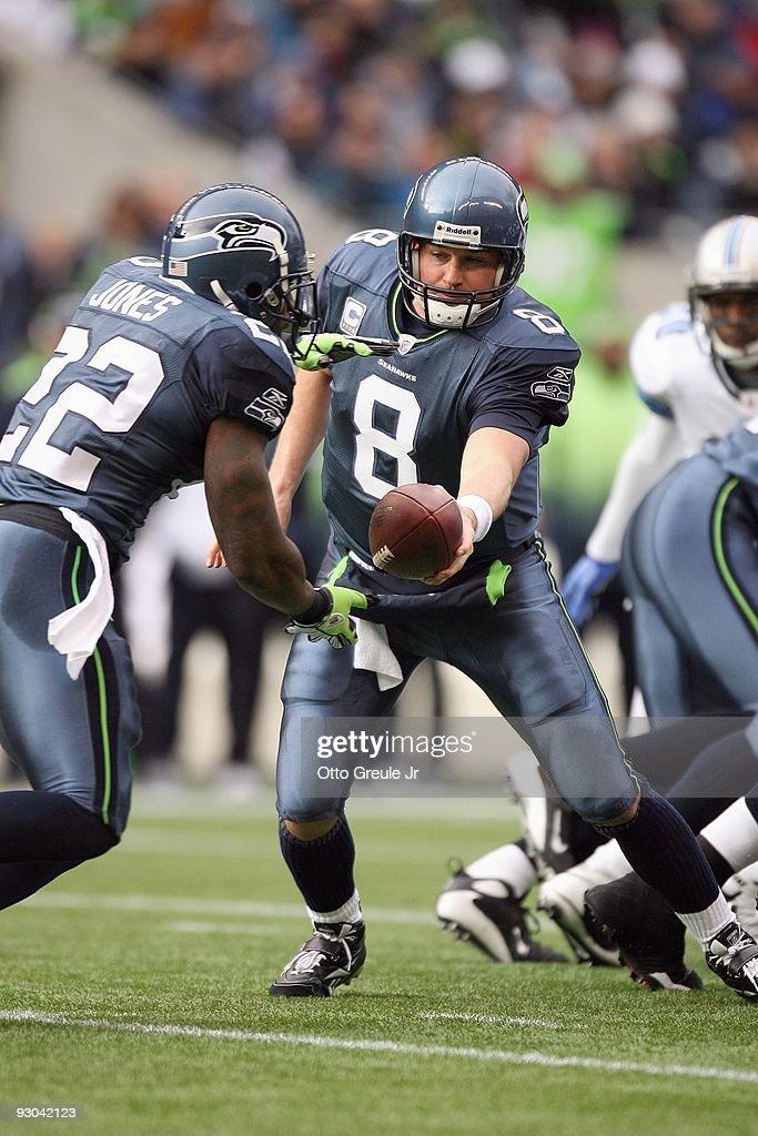 quarterback-matt-hasselbeck-of-the-seatt