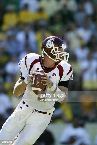 Quarterback Matt Kegel of the Washington State University Cougars drops back to pass against the University of Oregon Ducks at Autzen Stadium on...