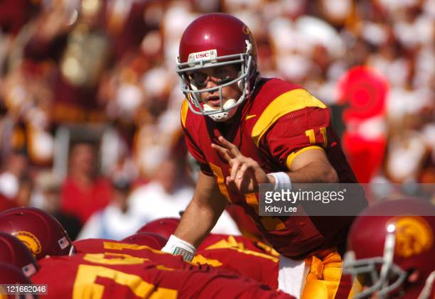 Quarterback Matt Leinart calls an audible at the line of scrimmage during 55-13 victory over Washington State in Pacific-10 Conference football game...