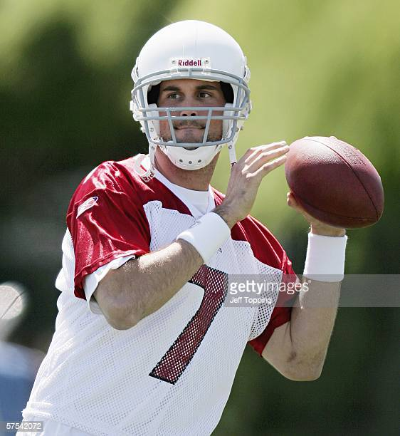 Quarterback Matt Leinart, first round draft pick of the Arizona Cardinals, practices during the first day of mini-camp at the team's training center...