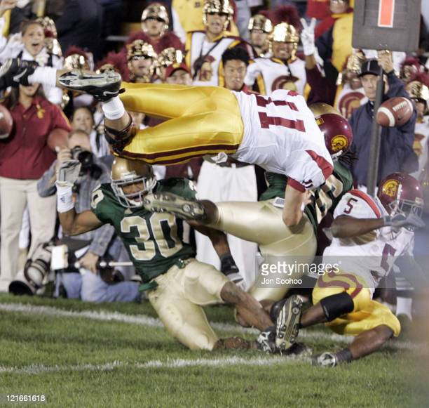 USC quarterback Matt Leinart fumbles the ball out of bounds as he tries to score the winning touchdown with only seconds remaining versus Notre Dame...