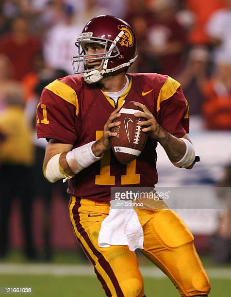 Quarterback Matt Leinart of the University of Southern California waits for an open receiver in the third quarter against Virginia Tech on Saturday,...