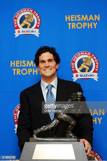 Quarterback Matt Leinart of the University of Southern California Trojans wins the 2004 Heisman Trophy on December 11 2004 in New York City