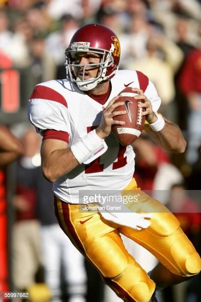 Quarterback Matt Leinart of the University of Southern California Trojans drops back to pass against the University of Notre Dame Fighting Irish on...
