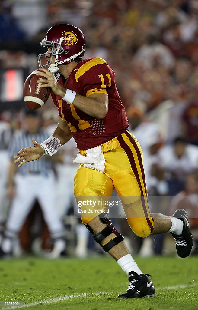 Quarterback Matt Leinart #11 of the USC Trojans looks for an open pass in the first half of the BCS National Championship Rose Bowl Game against the Texas Longhorns at the Rose Bowl on January 4, 2006 in Pasadena, California. Texas defeated USC