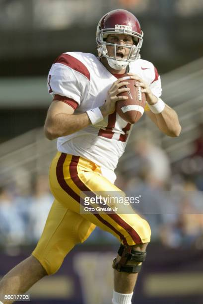 Quarterback Matt Leinart of the USC Trojans moves to pass during the game against the Washington Huskies on October 22, 2005 at Husky Stadium in...
