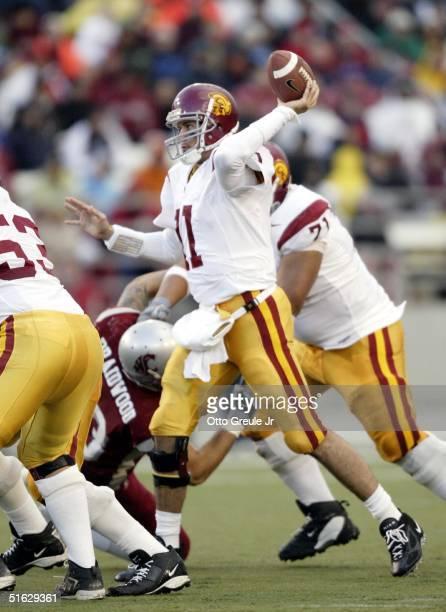 Quarterback Matt Leinart of the USC Trojans passes against the Washington State Cougars on October 30 2004 at Martin Stadium in Pullman Washington