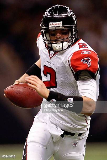 Quarterback Matt Ryan of the Atlanta Falcons runs for a touchdown against the New Orleans Saints on December 7 2008 at the Superdome in New Orleans...