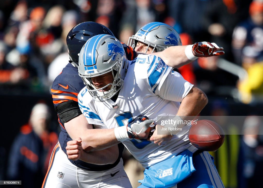 Quarterback Matthew Stafford #9 of the Detroit Lions fumbles the football as he is sacked by Nick Kwiatkoski #44 of the Chicago Bears in the first quarter at Soldier Field on November 19, 2017 in Chicago, Illinois.
