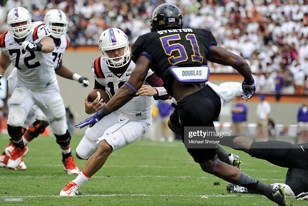 East Carolina v Virginia Tech : News Photo