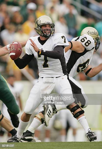 Quarterback Michael Harrington of the Idaho Vandals passes against the Oregon Ducks during the game on September 25 2004 at Autzen Stadium in Eugene...
