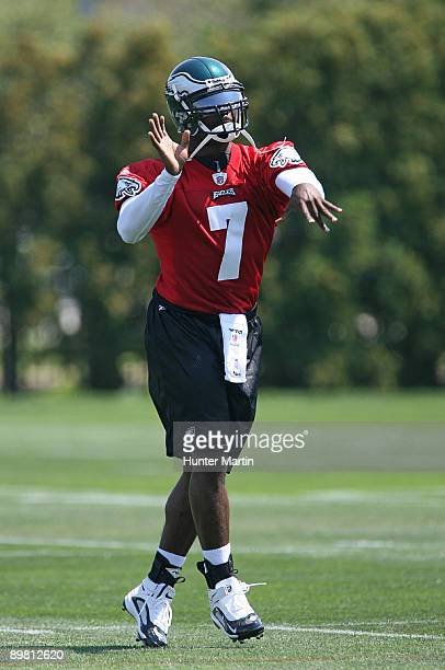 Quarterback Michael Vick of the Philadelphia Eagles practices during training camp on August 15 2009 at the NovaCare Complex in Philadelphia...