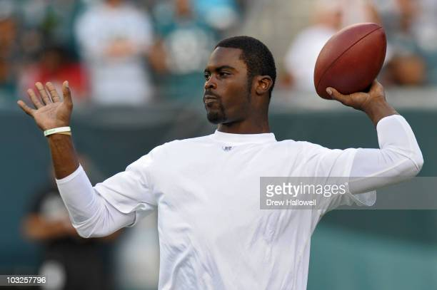 Quarterback Michael Vick of the Philadelphia Eagles throws a pass during training camp on August 5, 2010 at Lincoln Financial Field in Philadelphia,...