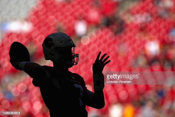 Quarterback Mike Glennon of the Arizona Cardinals warmsup before the NFL game against the Los Angeles Rams at State Farm Stadium on December 23 2018...