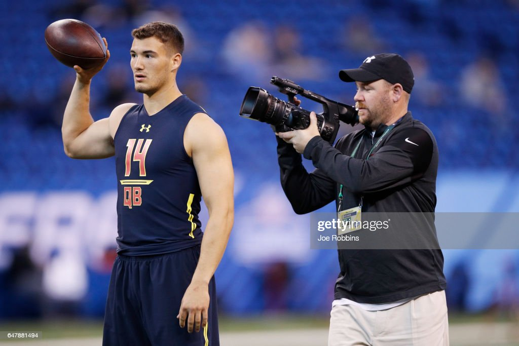 Quarterback Mitch Trubisky of North Carolina gets ready to pass during day four of the NFL Combine at Lucas Oil Stadium on March 4, 2017 in Indianapolis, Indiana.