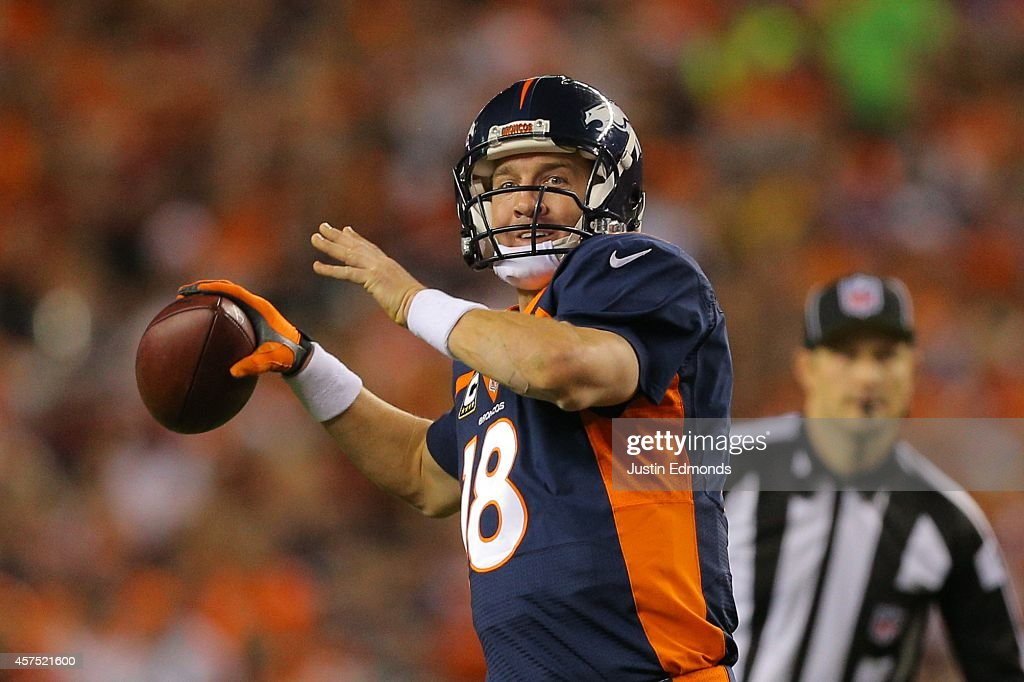 San Francisco 49ers v Denver Broncos : News Photo