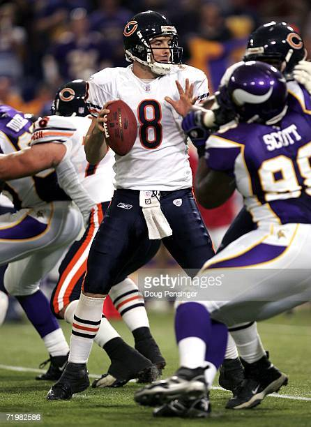Quarterback Rex Grossman of the Chicago Bears delivers a pass against the Minnesota Vikings on September 24 2006 at the Metrodome in Minneapolis...