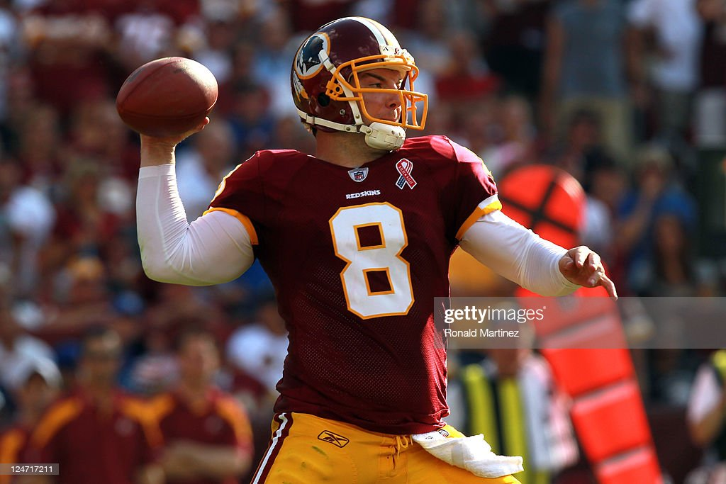Quarterback Rex Grossman of the Washington Redskins throws the ball