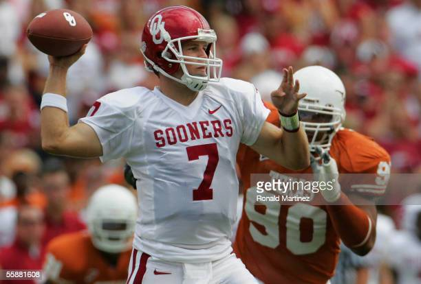 Quarterback Rhett Bomar of the Oklahoma Sooners throws against the Texas Longhorns on October 8, 2005 at the Cotton Bowl in Dallas, Texas. The...