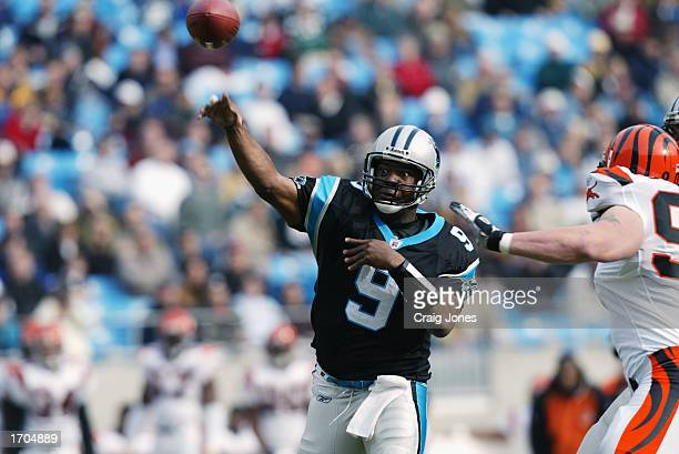 Quarterback Rodney Peete of the Carolina Panthers makes the pass during the NFL game against the Cincinnati Bengals at Ericsson Stadium on December 8...