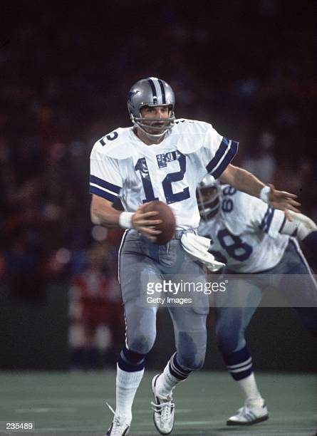 Quarterback Roger Staubach of the Dallas Cowboys rolls out of the pocket during a Cowboys game in the 1979 season Mandatory Credit Allsport/ALLSPORT