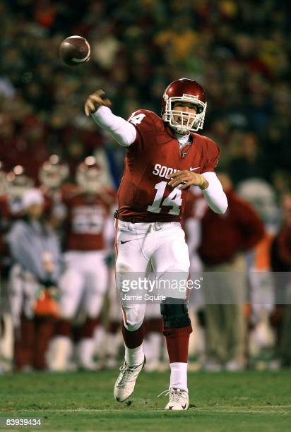 Quarterback Sam Bradford of the Oklahoma Sooners passes during the first half of the game against the Missouri Tigers on December 6 2008 at Arrowhead...