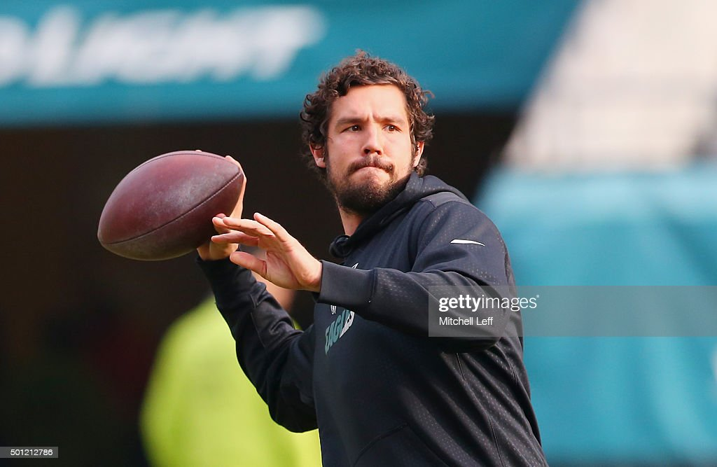 Quarterback Sam Bradford #7 of the Philadelphia Eagles looks to pass during warm-ups before the game against the Buffalo Bills at Lincoln Financial Field on December 13, 2015 in Philadelphia, Pennsylvania.