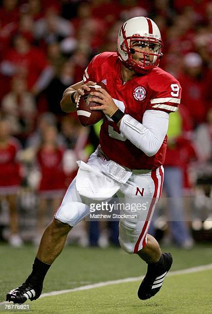 Quarterback Sam Keller of the Nebraska Cornhuskers rolls out of the pocket against the USC Trojans on September 15 2007 at Memorial Stadium in...