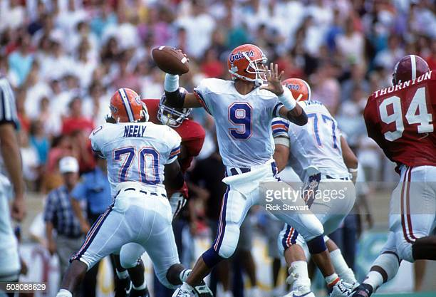 Quarterback Shane Matthews of the Florida Gators readies to throw during a game against the Alabama Crimson Tide on September 15, 1990 at...