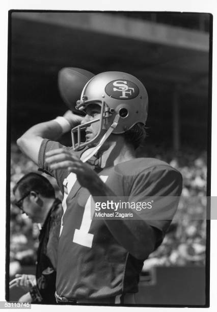 Quarterback Steve Spurrier of the San Francisco 49ers warms up before a game against the Miami Dolphins at Candlestick Park on October 141973 in San...